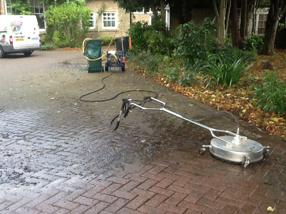driveway cleaning in bedford